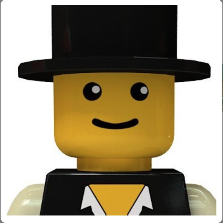 Lego siyah şapkalı gülen yüz