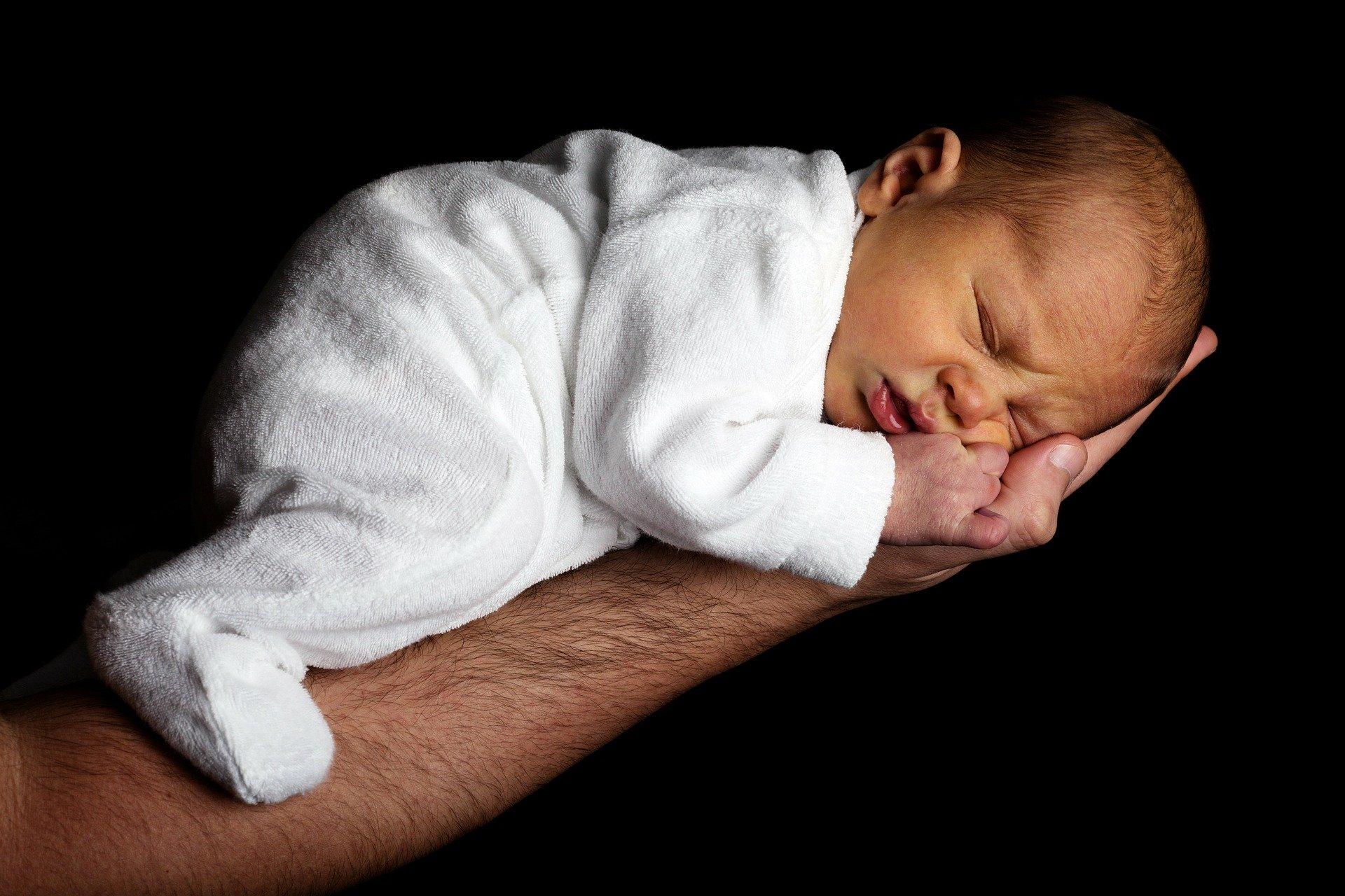 bebeğin göbek bağı