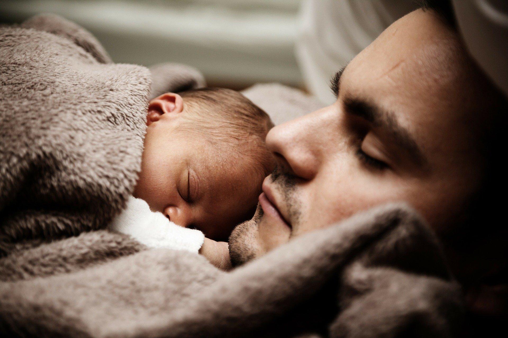 babanın çocuğu ile bağı